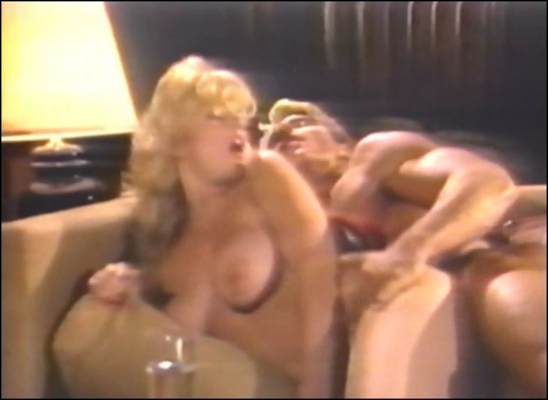 Classic cougars roxy rider and houston threesome - 2 part 4